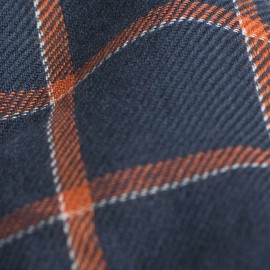 Blåt tørklæde med orange skotsktern