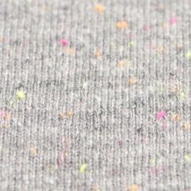 Grå strikket poncho i cashmere med nister