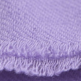 Ametystfarvet cashmere tørklæde i twill vævning