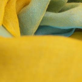 Storternet sjal i sennepsgul og blå