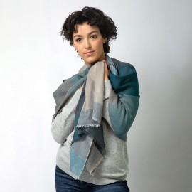 Cashmere tørklæde i blå, karamel, beige og grå
