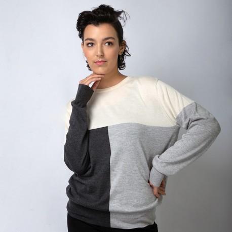 Silke/cashmere bluse i råhvid og grå