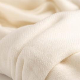 Hvidt tørklæde/sjal i ren cashmere