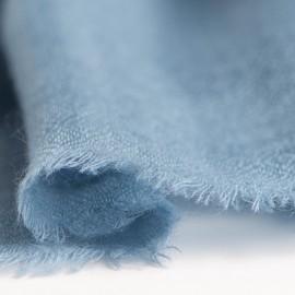 Dueblåt cashmere tørklæde i diamant mønster