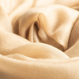 Stort sandfarvet cashmere sjal 200 x 140 cm