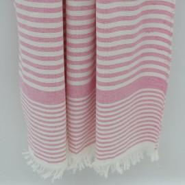 Rosa stribet badehåndklæde