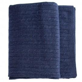 Indigo kabelstrikket tæppe i merino og cashmere