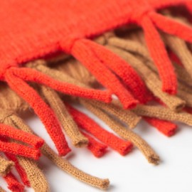Camel/orangerødt halstørklæde i merino/cashmere