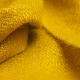 Lille cashmere tørklæde i karrygul