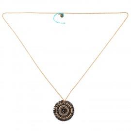 Halskæde med vedhæng af perler