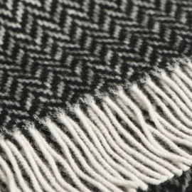Gråt tørklæde i sildebensmønster