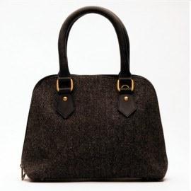 Lækker håndtaske i læder og uld