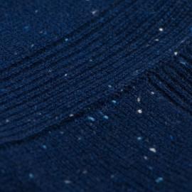 Blå strikket poncho i cashmere med nister
