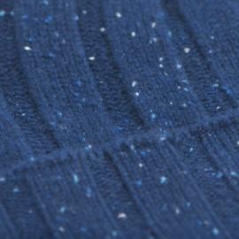 Blå nistret cashmere hue med ribbe